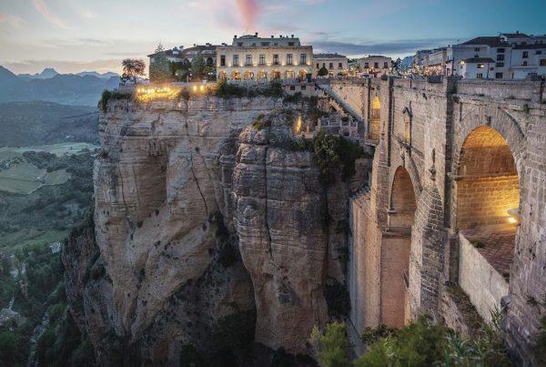Imagen del puente de Ronda, España